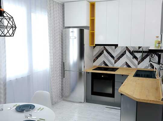 Картинка кухни с серыми фасадами и белыми высокими шкафчиками выполненный на-заказ-в-красноярске